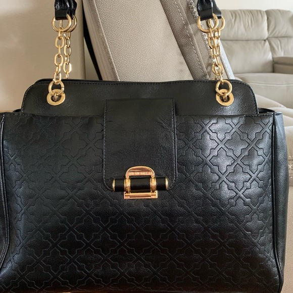Antonio Melani Handbags - Antonio Melani Tote Bag (Like New) Leather Bag